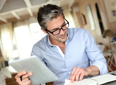 Wir beraten seit Jahren teils führende Unternehmen der Branchen sehr erfolgreich und Langzeitstudien ergeben, dass selbst für bereits schon gut online aufgestellte Unternehmen eine durchschnittliche Verdopplung des Onlineumsatzes innerhalb von 5 Jahren realistisch ist.